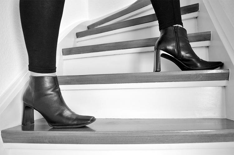 失敗しないオシャレ靴選び サイズと素材